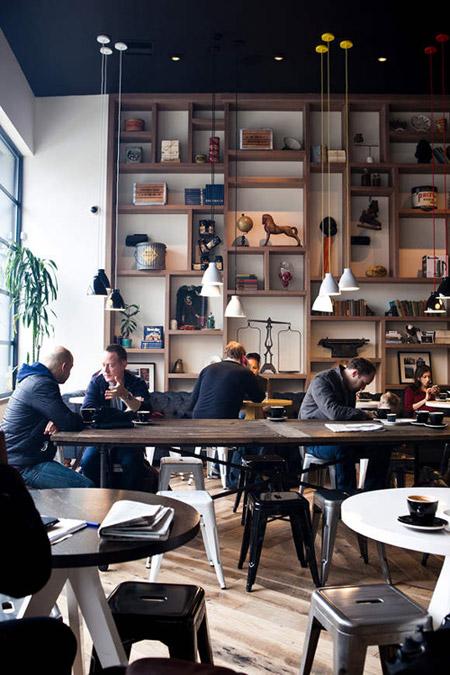 Cafetería agradable y con una decoración estilosa